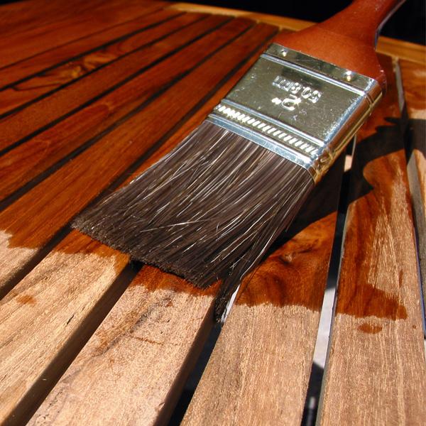 Holzlasuren, Imprägnierungen, Holzschutz, Holz-Grundierungen